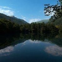 Озеро голубое :: Dina S