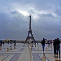 Дождливым днём в Париже :: Natalia Harries