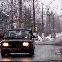 2.  ...прекрасен снег с дождём.../с точки зрения пешеходов-фотографов/. :: Фотогруппа Весна.