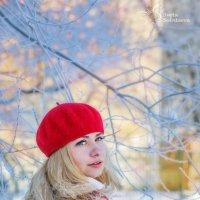 блондинка в красном :: Света Солнцева