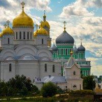 Дивеевский монастырь :: Михаил Новожилов