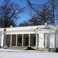 Памятник архитектуры XIX в. Музыкальный павильон, построен в 1818-1822, арх. К.И. Росси :: Елена Павлова (Смолова)
