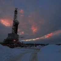 Буровая на Севере :: Александр Гризодуб