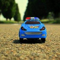 Детский автомобиль на взрослой дороге... :: Назар