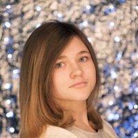 Портрет моей дочки :: Юлия