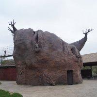 Скульптура в сафари парке :: Natalia Harries