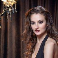 Портрет в ночном клубе :: Надежда Макарова