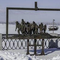 Бурлаки на Волге. :: Владимир Сворочаев