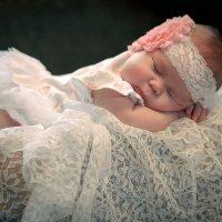 Ангелы спят.... :: Elena Peshkun