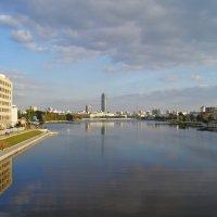 Городской пруд :: Александр Смирнов
