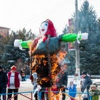 масленица горит :: Юрий Андреев