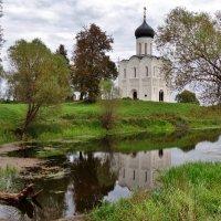 церковь Покрова на Нерли :: Валентина. .