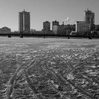 Мерзлая река :: Сергей Ковтуненко