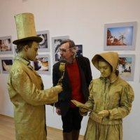на выставке :: Владимир Бурдин