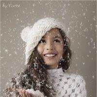 Рисует снег мои мечты... :: Victoria Yianni
