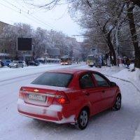 Красный автомобиль :: Дмитрий Аев