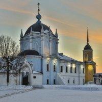Свято-Троицкий Ново-Голутвин монастырь. :: Igor Yakovlev