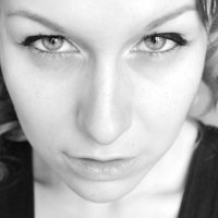 Клубничка :: Виктория Ивасенко