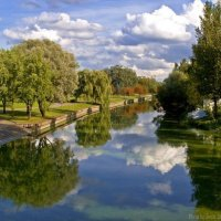 У реки Свислочь :: Евгений Лимонтов