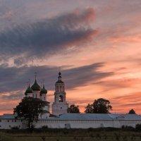 Монастырский закат :: Николай Белавин