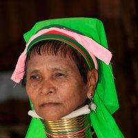 Женщина племени Падаунг. Мьянма. :: Олег Грачёв