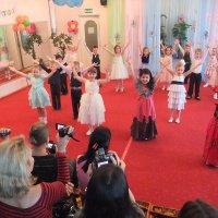 С праздником Весны-8марта! :: Елена Лукожева