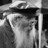 Старик... :: Игорь Суханов