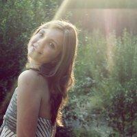 Сквозь лучи солнца :: Даша Бутолина