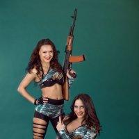 Боевые подруги. :: Руслан Сидько