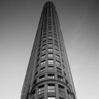 Flat Iron. Toronto. :: Andy Zav
