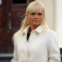 Белое пальто :: Александр Александр