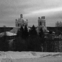 Заброшенный храм :: Маргарита Комышева