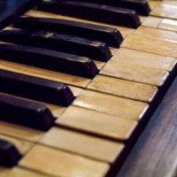 Старое пианино :: Марина Кириллова