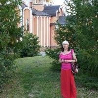 Фото Юлии Бродской в женском монастыре, Саратоов :: Юрий А. Денисов