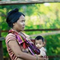 Мама и малыш из Камбоджи :: Анна Кай