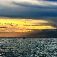 Рыбак и море....... :: Александр Бессараб