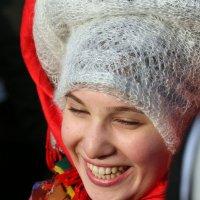 Вот и несмеяне  пришлось улыбнуться на празднике :: Олег Лукьянов
