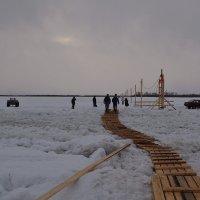 Зимняя переправа через Северную Двину :: Наталья Левина