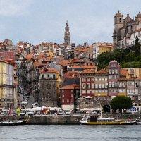 Самый португальский город в Португалии :: Клара Кузнецова