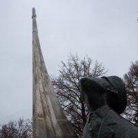 Памятник К.Э. Циолковскому (Боровск) :: Оксана Пучкова