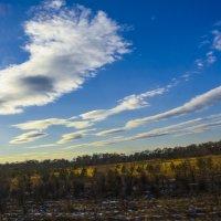 Весенние облака :: юрий Амосов