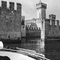 Италия. Озеро Гарда. Старинный замок. :: Александр Белоглазов