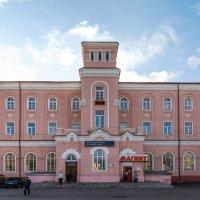 Борисоглебск. Здание железнодорожного вокзала :: Алексей Шаповалов Стерх
