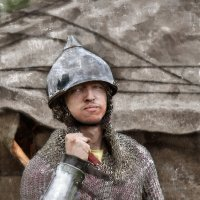 Я русский воин, дух - моя кольчуга… Отвага- сердце, страх в нём не живёт :: Ирина Данилова