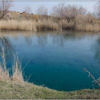 Озеро с голубой водой :: Александр Зевакин