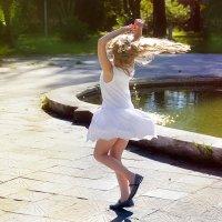 танец :: Олеся Горельникова