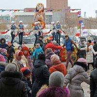 Северодвинск. Масленица. Сцена и танцпол :: Владимир Шибинский