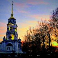 Колокольня на закате :: Андрей Конин