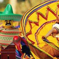 Карнавал в Мексике :: Лариса Корженевская