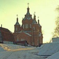 Дорога к храму. :: Николай Масляев